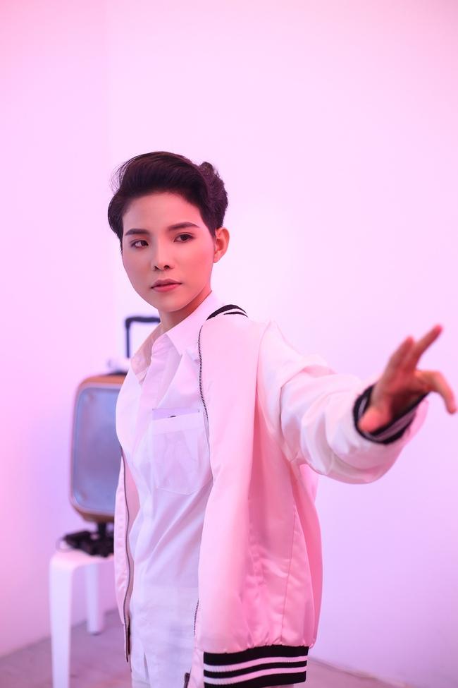 Vũ Cát Tường hóa ma-nơ-canh, yêu hot girl trong MV Ngày hôm qua - Ảnh 7.