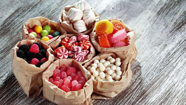 Cẩn thận với 5 thực phẩm vừa hại da vừa hại dáng nếu ăn quá nhiều - Ảnh 1.