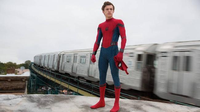 Zac Efron hóa thân thành kẻ thù không đội trời chung của Spider-Man - Ảnh 2.