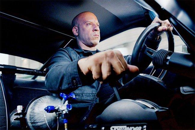 Nhìn lại sự tiến hóa của Hollywood qua từng phần phim Fast & Furious - Ảnh 2.