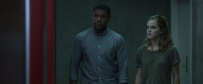 Thói sống ảo được vạch mặt như thế nào trong phim The Circle - Ảnh 2.