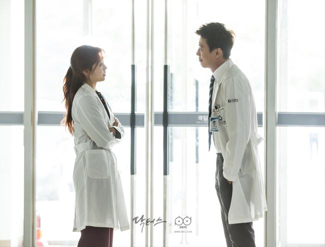Valentine nếu chẳng đi đâu, ở nhà xem 10 phim Hàn này cũng đáng lắm! - Ảnh 33.