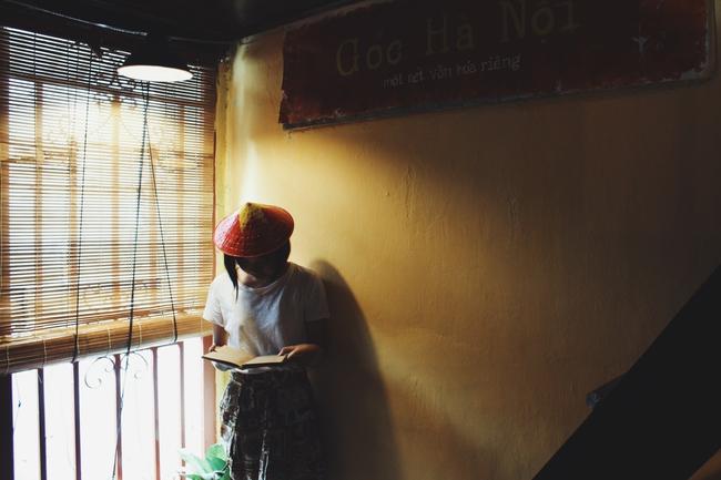 Ở ngay những khu phố Tây ồn ã, cũng có những quán cafe bình yên và xinh xắn như thế! - Ảnh 7.