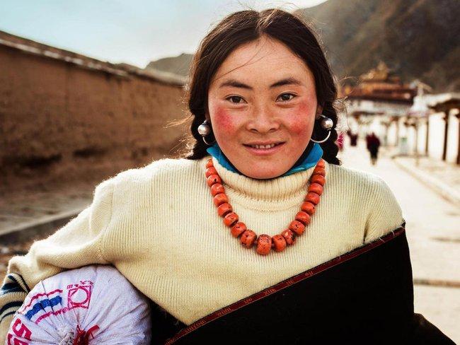 Ngắm nhìn thêm những hình ảnh về vẻ đẹp của phụ nữ trên toàn thế giới - Ảnh 41.