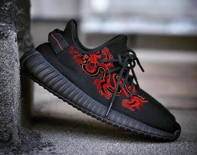 Giày sneaker thêu, xu hướng hoa hòe hoa sói mà bạn cứ lướt Instagram là gặp thời gian này - Ảnh 21.