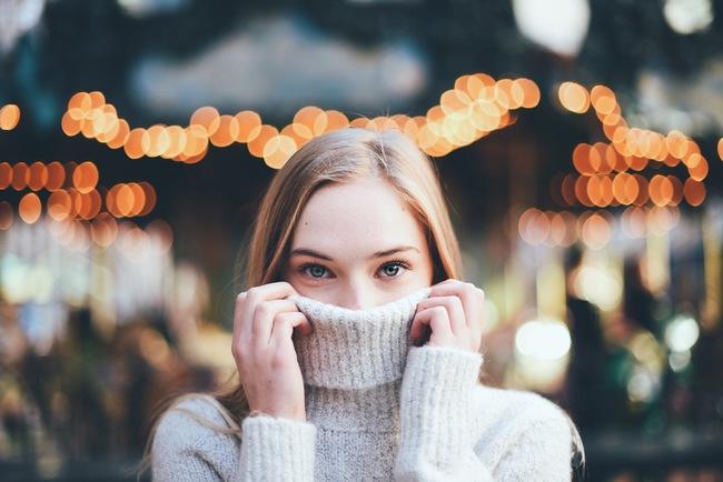 9 lý do vì sao bạn nên trân trọng những cô gái mạnh mẽ và thông minh - Ảnh 1.