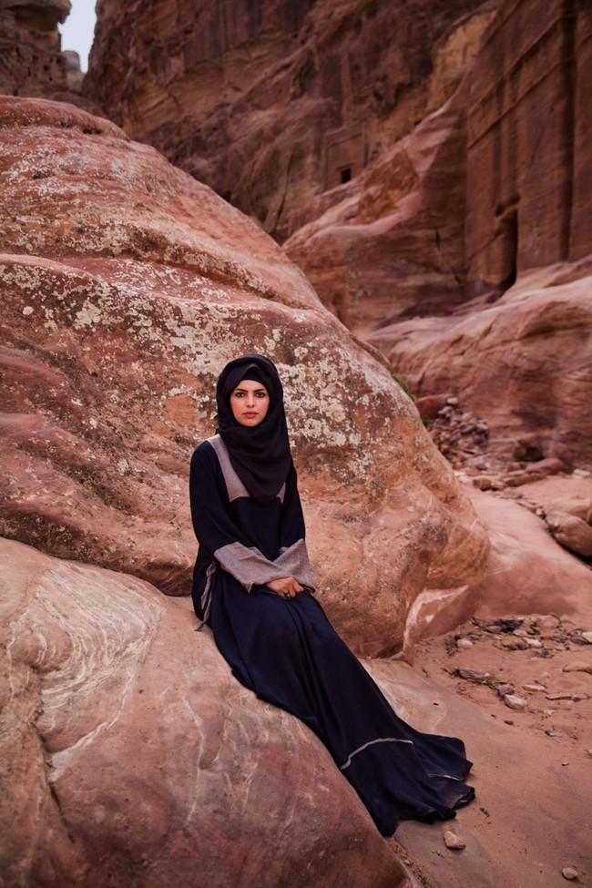 Ngắm nhìn thêm những hình ảnh về vẻ đẹp của phụ nữ trên toàn thế giới - Ảnh 55.