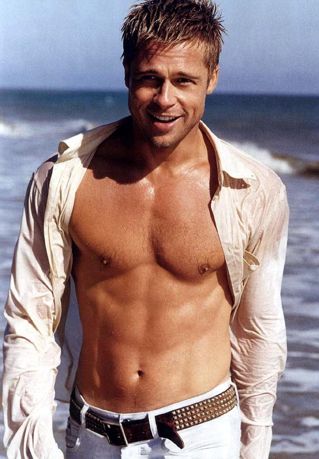 Brad Pitt lực lưỡng ngày nào giờ gầy gò, hốc hác sau khi ly hôn - Ảnh 4.