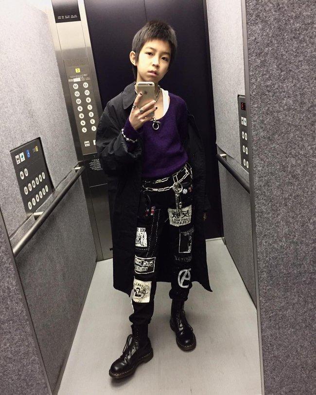 Kim Kardashian ư? Cậu nhóc 13 tuổi có style cực chất này mới là thánh selfie - Ảnh 4.