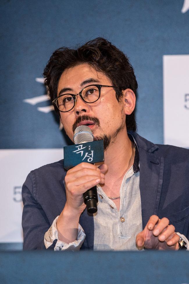 Cha đẻ phim kinh dị The Wailing tái dựng vụ thảm sát có thật ở xứ Hàn - Ảnh 1.
