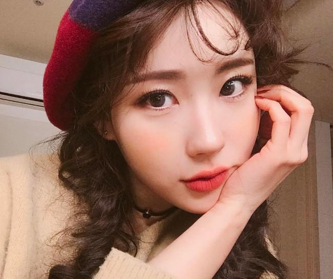 Xu hướng sexy có lên ngôi thì con gái châu Á vẫn kết 4 kiểu tóc mái cute siêu cấp này - Ảnh 11.