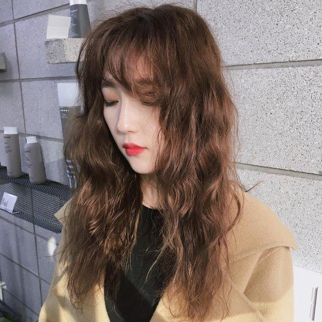 Xu hướng sexy có lên ngôi thì con gái châu Á vẫn kết 4 kiểu tóc mái cute siêu cấp này - Ảnh 10.