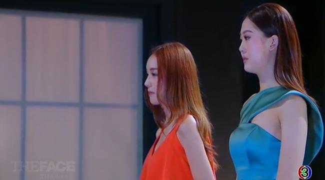 HLV The Face Thái chết lặng khi bị loại liên tiếp 2 thí sinh - Ảnh 13.