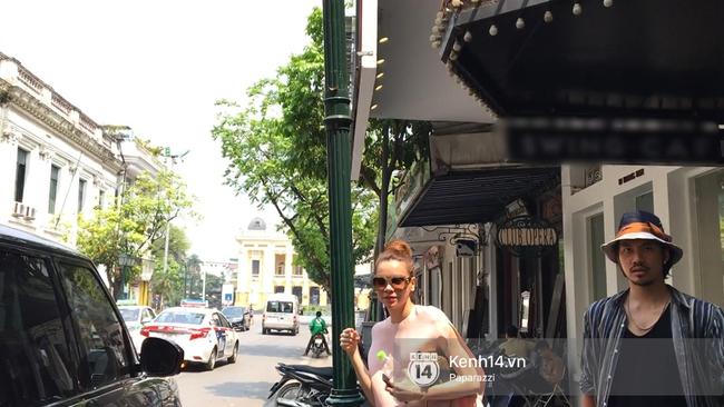 Clip: Hồ Ngọc Hà giật mình, né tránh ống kính và từ chối trả lời về lùm xùm chèn ép Minh Hằng - ảnh 3
