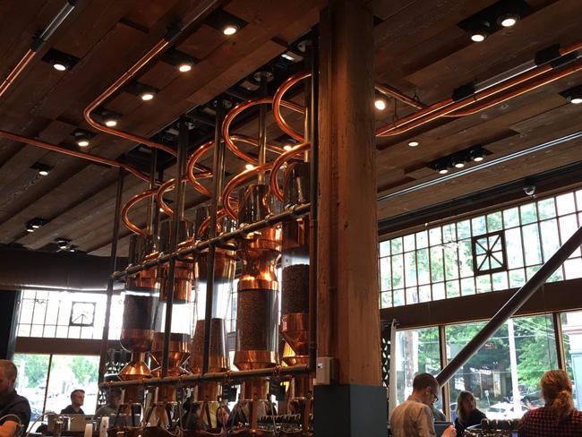 Choáng ngợp với cửa hàng có quy mô lớn nhất từ trước đến nay của Starbucks - ảnh 3