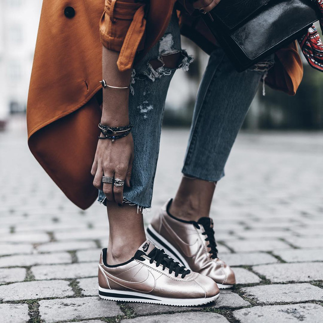 4 xu hướng sneaker đang ám ảnh các tín đồ thời trang toàn cầu bạn không thể ngó lơ - Ảnh 11.