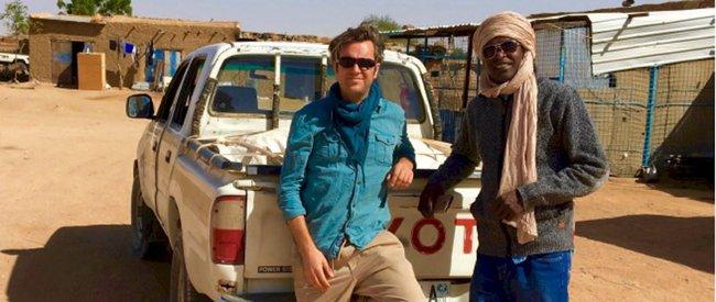 Nhà báo bị bắt giữ suốt 6 tuần ở Sudan đã giấu chiếc thẻ nhớ trong hậu môn để mang lại những thước phim chân thực 1