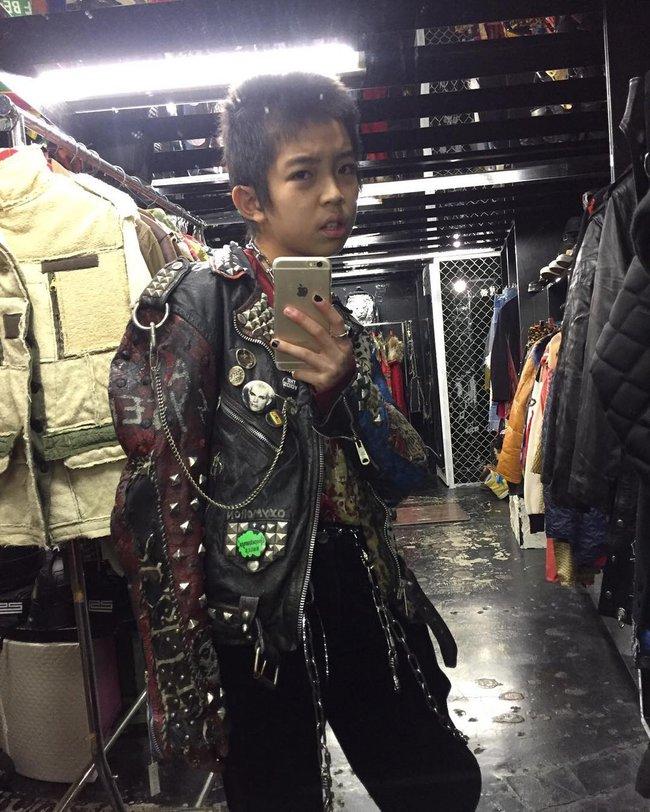Kim Kardashian ư? Cậu nhóc 13 tuổi có style cực chất này mới là thánh selfie - ảnh 7
