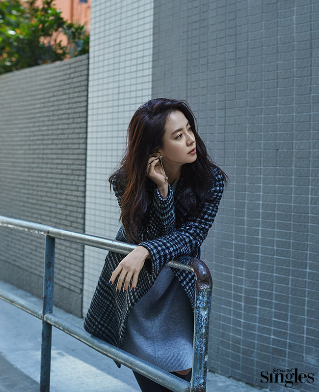 Suzy xinh đẹp nhưng style nhạt hơn hẳn các sao nữ khác trên tạp chí tháng 1 - Ảnh 15.