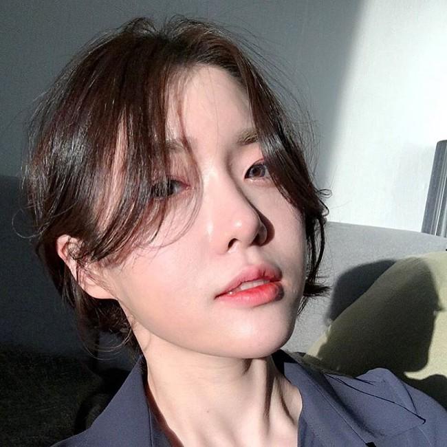 Xu hướng sexy có lên ngôi thì con gái châu Á vẫn kết 4 kiểu tóc mái cute siêu cấp này - Ảnh 15.
