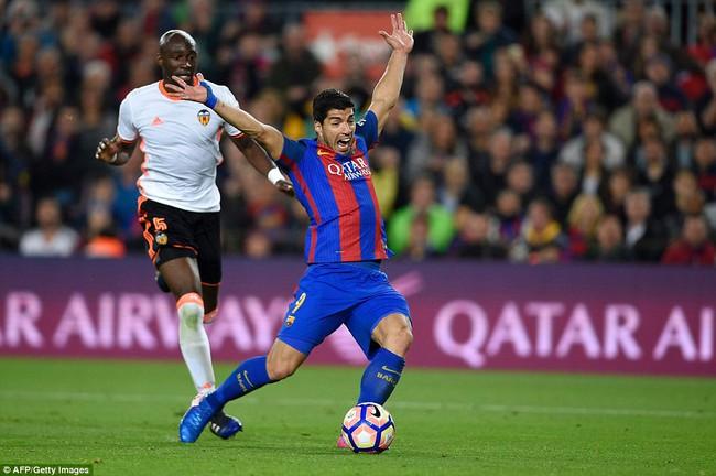 Messi lập cú đúp, Barca thắng đậm Valencia - Ảnh 6.