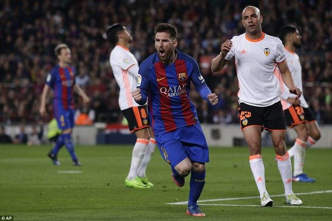 Messi lập cú đúp, Barca thắng đậm Valencia - Ảnh 12.