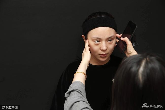 Mỹ nhân xứ Trung miệt mài 10 năm phẫu thuật thẩm mỹ để có nhan sắc giống Phạm Băng Băng - Ảnh 2.
