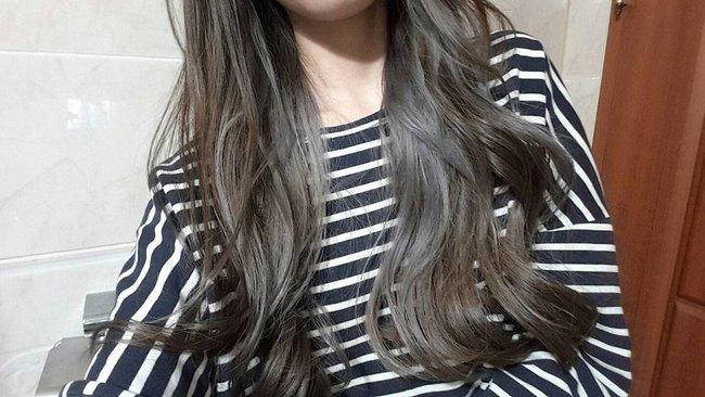 Màu tóc bà ngoại xám bạc xưa rồi, 2017 là phải nhuộm tóc màu nâu sương mù kia! - Ảnh 2.