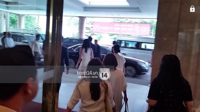 Độc quyền: Yoona xuất hiện xinh như thiên thần, xuất phát đến nơi gặp gỡ báo chí - Ảnh 4.