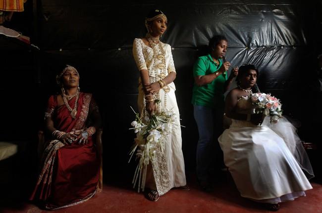 Cùng ngắm thêm 22 bộ váy cưới truyền thống tuyệt đẹp trên toàn thế giới
