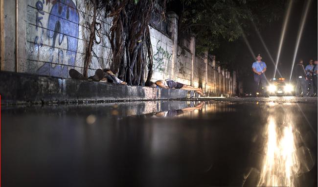 Những nỗi đau trong thành phố chết, nơi cuộc càn quét ma túy hủy hoại cuộc sống người dân - Ảnh 3.