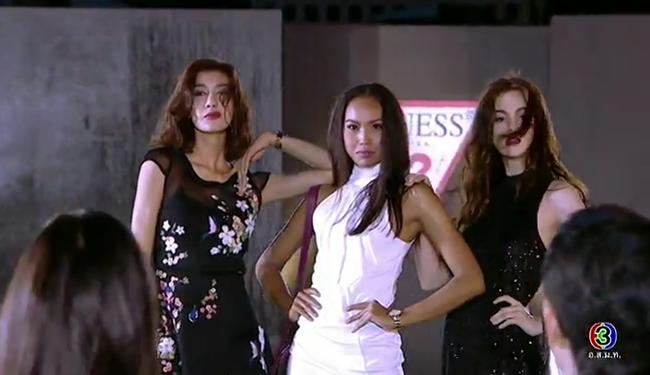 Cố tình vắng mặt, HLV The Face Thái nhờ bạn thân loại luôn thí sinh đội đàn chị - Ảnh 11.