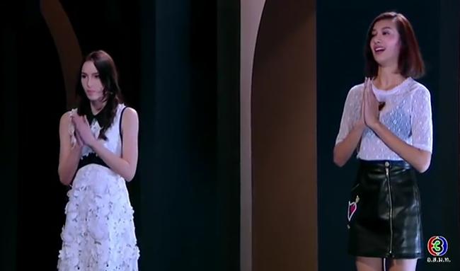 Cố tình vắng mặt, HLV The Face Thái nhờ bạn thân loại luôn thí sinh đội đàn chị - Ảnh 19.
