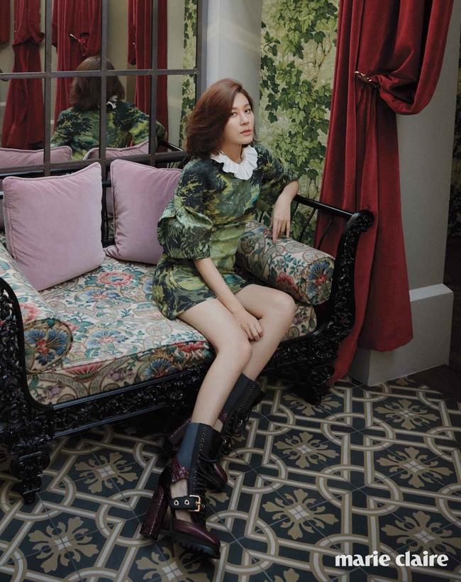 Suzy xinh đẹp nhưng style nhạt hơn hẳn các sao nữ khác trên tạp chí tháng 1 - Ảnh 20.