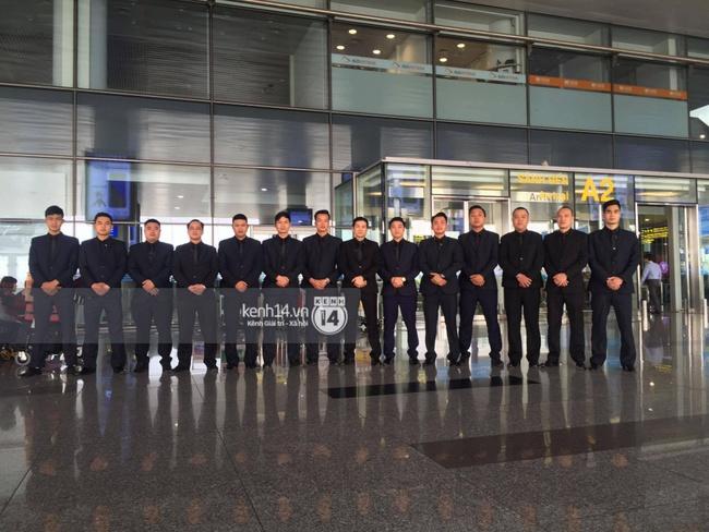 HOT: Vậy là cuối cùng Seungri cũng đã có mặt tại sân bay Nội Bài - ảnh 8
