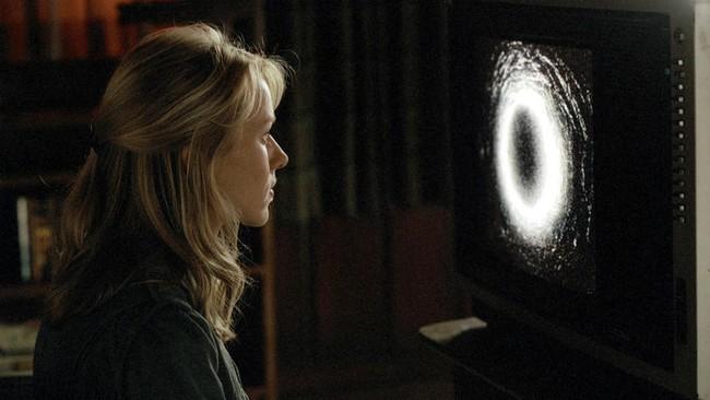 3 biểu tượng đã tạo nên người đẹp dưới giếng Sadako trong tượng đài kinh dị The Ring - Ảnh 4.