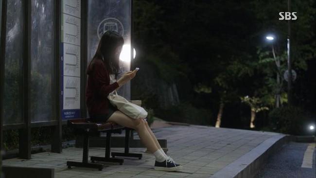 Lãng mạn nhất Facebook hôm nay: Chuyện đi xe bus cũng kiếm được người yêu của nữ sinh Hàn Quốc - Ảnh 1.