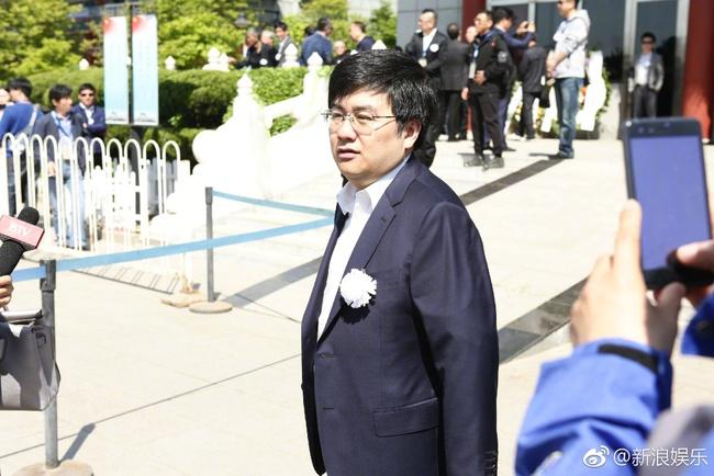 Tôn Ngộ Không, Trư Bát Giới cùng dàn sao Tây Du Ký ngậm ngùi trong tang lễ đạo diễn Dương Khiết - Ảnh 3.
