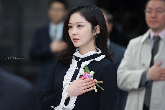 Ai tin nổi đây là nhan sắc bao năm vẫn không đổi của Jang Nara ở độ tuổi U40? - ảnh 2
