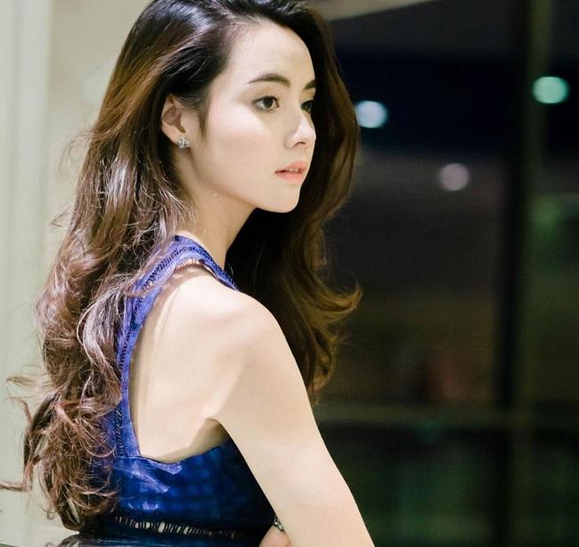 Chỉ cần xoay nghiêng mặt, Miss Teen Thái Lan đã khiến con trai đổ rạp! - Ảnh 11.