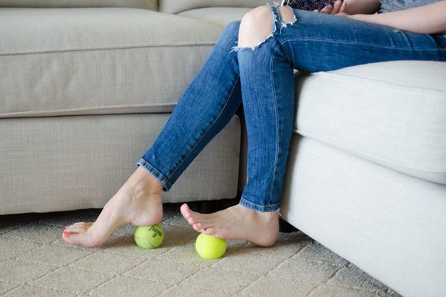 8 mẹo vặt khiến hội mê giày tiếc hùi hụi vì không biết sớm hơn - Ảnh 11.