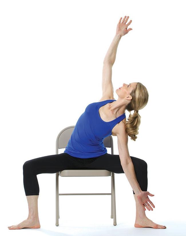 Giảm stress ngay tức khắc với bài tập yoga trên ghế này - Ảnh 7.