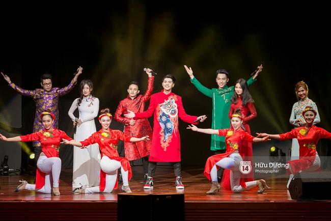 Noo Phước Thịnh khiến khán giả Việt nở mày nở mặt với phần biểu diễn tại Influence Asia 2017 - Ảnh 8.