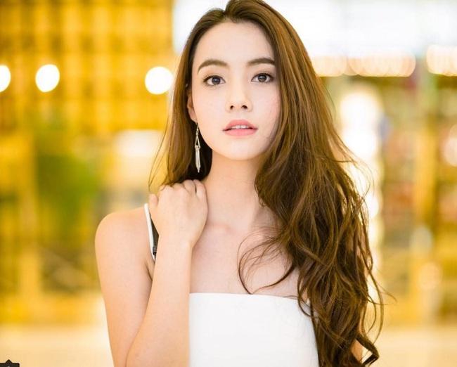 Chỉ cần xoay nghiêng mặt, Miss Teen Thái Lan đã khiến con trai đổ rạp! - Ảnh 8.
