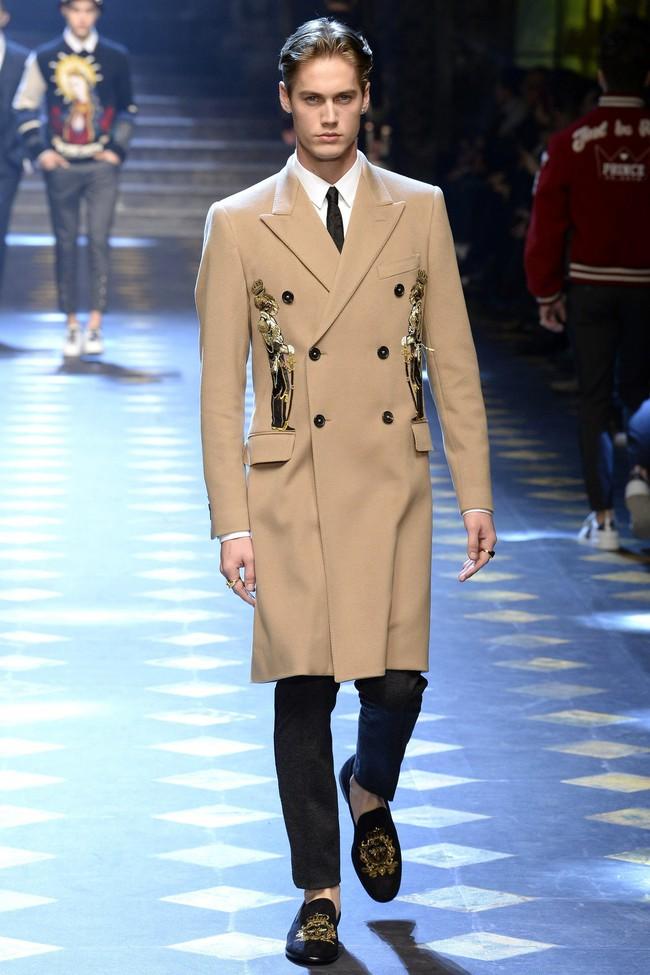 Choáng ngợp với show diễn toàn cậu ấm cô chiêu danh gia vọng tộc của Dolce&Gabbana - Ảnh 9.