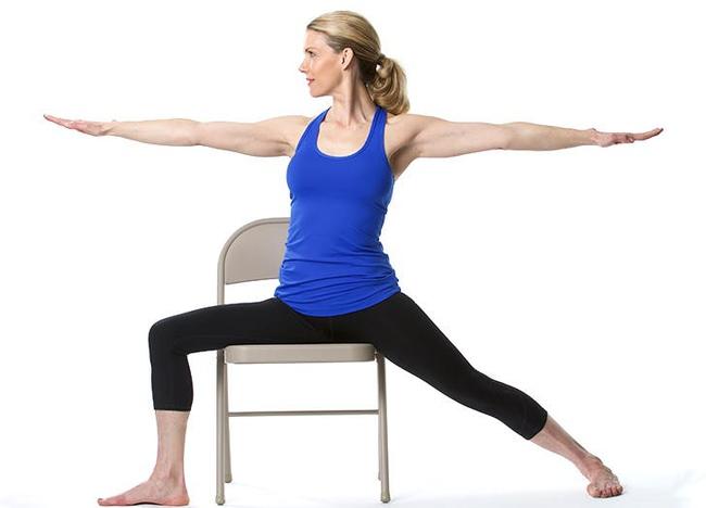 Giảm stress ngay tức khắc với bài tập yoga trên ghế này - Ảnh 8.