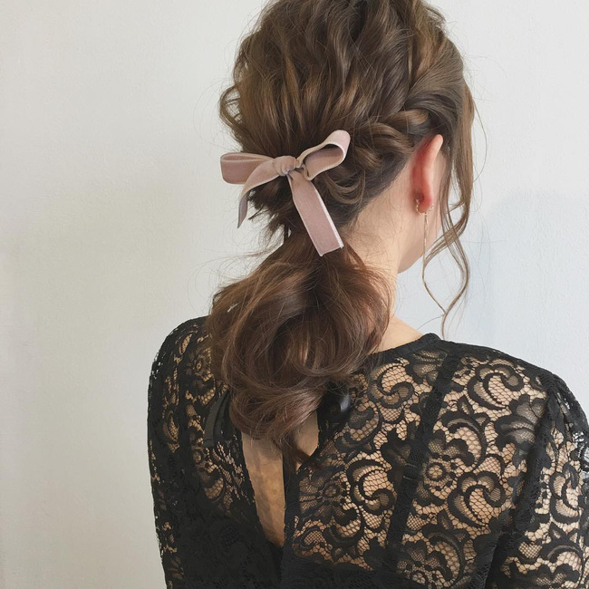 10 kiểu tóc xinh lung linh bạn có thể diện từ sáng tới tối mà vẫn đẹp dịp Tết - Ảnh 7.
