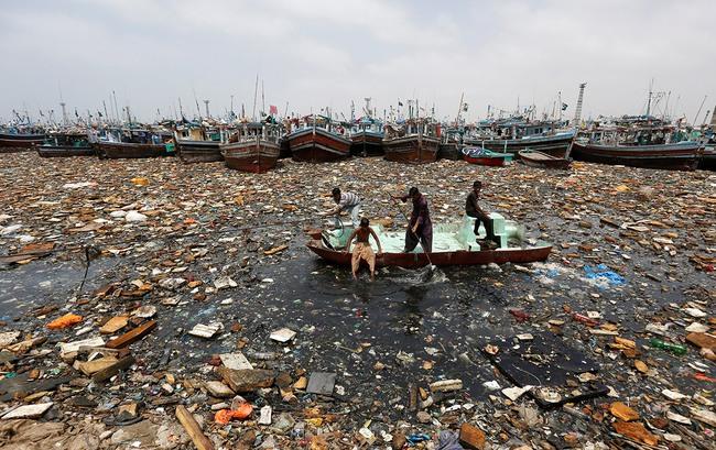 Ngày Nước thế giới, nhìn lại những bức hình ám ảnh về thực trạng khan hiếm nước trên toàn thế giới - Ảnh 9.