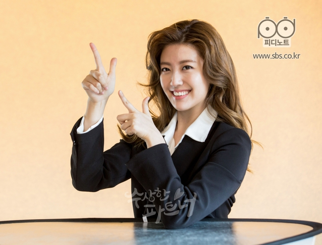 Nhìn Ji Chang Wook chải tóc bóng bẩy và hớn quá đà như này, ai mà tin anh là luật sư? - Ảnh 10.
