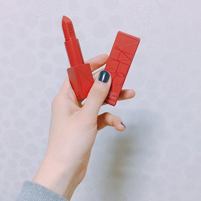 Hot girl mê son đỏ Châu Bùi review cực kĩ 3 cây son đỏ hot nhất thời gian qua - ảnh 5